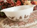 Pyrex, Early American(White), Milk Glass Cinderella Bowl (L) 2 1/2 QT, #443