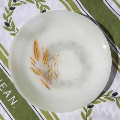 画像1: Fire King Milk Glass Wheat Patterrn Bread & Butter Plate #01