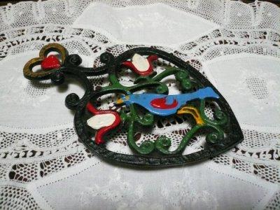 画像1: 鉄製鍋敷き ハート&鳥型