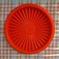 ビンテージ・タッパーウェア クイックシール(フタ) オレンジ 5インチ(製品番号 812-35)