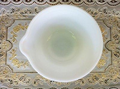 画像5: Pyrex, Hamilton Beach, Milk Glass Mixer / Mixing Bowl with Lip  (M)