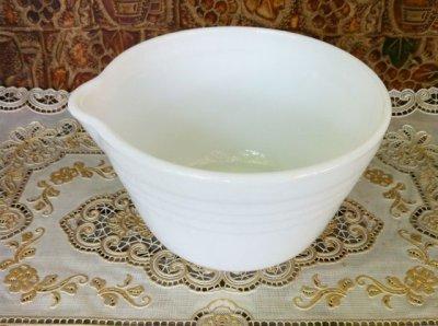 画像2: Pyrex, Hamilton Beach, Milk Glass Mixer / Mixing Bowl with Lip  (M)