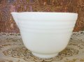 Pyrex, Hamilton Beach, Milk Glass Mixer / Mixing Bowl with Lip  (M)