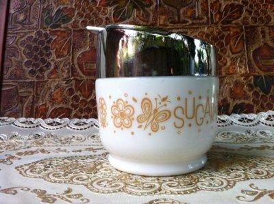 画像1: ゲムコ/コーニング ミルクグラス バタフライ・パイレート・ゴールド柄 砂糖壺 1971年