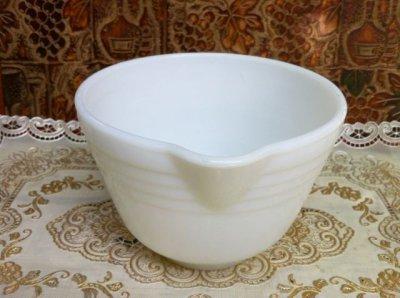 画像3: Pyrex, Hamilton Beach, Milk Glass Mixer / Mixing Bowl with Lip  (M)
