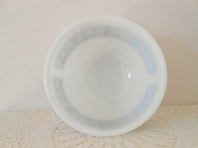 画像3: ファイヤーキング ミルクグラス ブルー・グレープ・チェイフィング・ディッシュ(料理保温用器具)(ミキシングボウル)