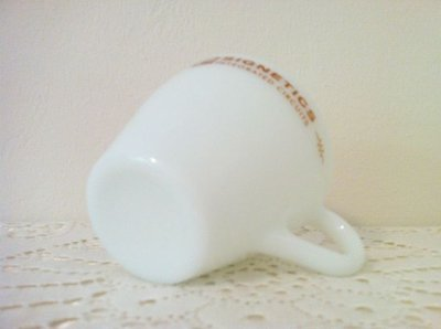 画像4: パイレックス ミルクグラス シグネティクス社ノベルティーカップ