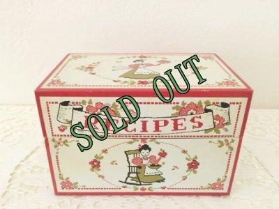 画像1: sold ビンテージ・レシピ缶 クロスステッチ柄 スタイルクラフト社(ボルチモア) made in USA