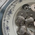 NEW Button Metal Round Silver (L)