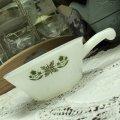 ファイヤーキング ミルクグラス メドウグリーン・フレンチ(ワンハンドル)キャセロール