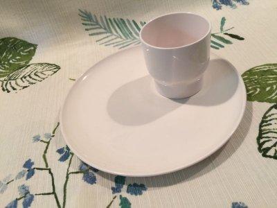 画像1: Vintage Plastic Cup & Dish White Set
