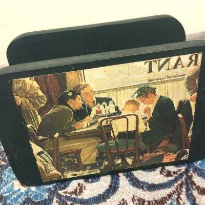 画像2: ノーマン・ロックウェル 木製ナプキンホルダー サタデーイブニングポスト(1951年)コレクション 感謝祭の祈り