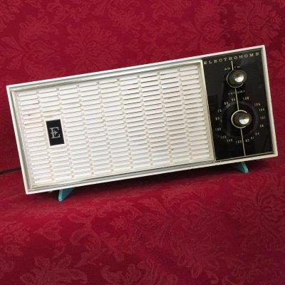 画像1: ビンテージ真空管ラジオ FM/AM ターコイズとホワイト 動作確認済【動画あり】