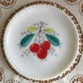 ウェストモーランド ミルクグラス ビーズエッジ 手描きフルーツ サラダプレート チェリー その1