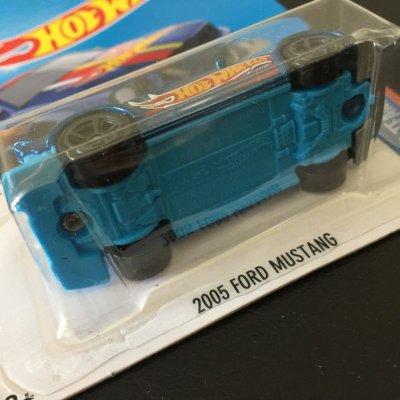 画像2: ホットウィール 新品未開封 HWレースチーム 2005年型フォード・マスタング