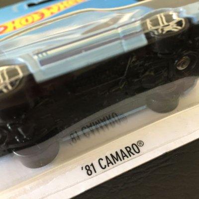 画像2: ホットウィール 新品未開封 カマロ・フィフティ 1981年型カマロ