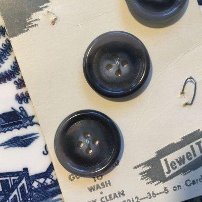 画像2: デッドストック グレーマーブル ボタン 3 pc イタリア製