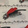画像1: キルバン・キャッツ 赤いマント ツインサイズ フラットシーツ (1)