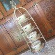 画像4: ワイヤー・ディスプレイ用可愛いカップ&ソーサーホルダー 白