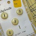 ビンテージ レトロデザイン アイボリー ボタン 4pc
